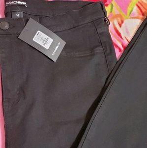 Black HighRise Skinny Jeans
